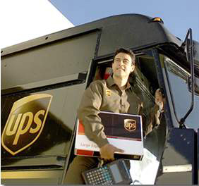Shipping with The UPS Store #lovinlogistics
