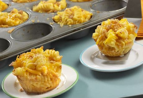 Cooking Mini Macaroni & Cheese Cups for those picky eaters