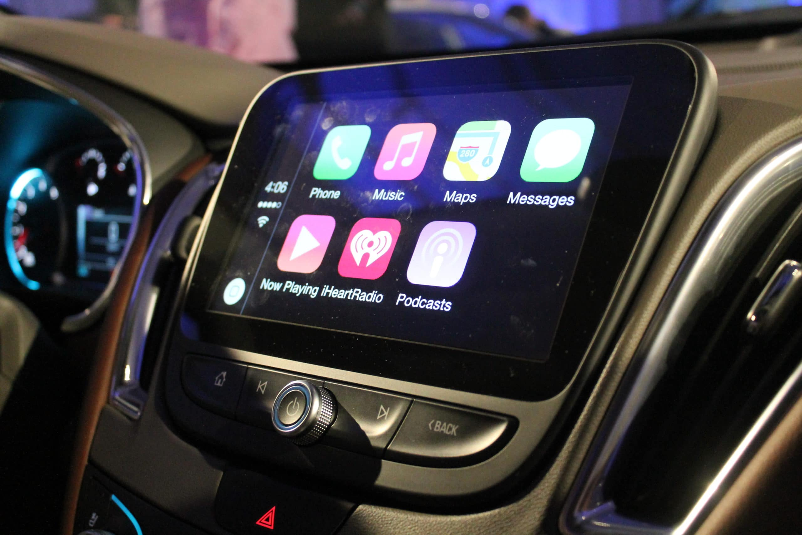 Chevrolet to Feature Record-Breaking Android Auto/Apple CarPlay Integration