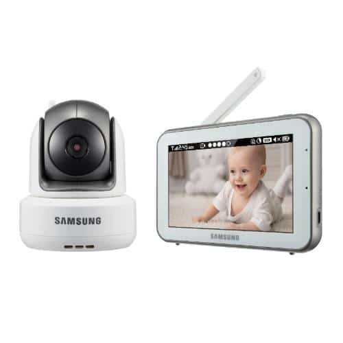Watching the baby at night with the Samsung Techwin's BrightVIEW Baby Monitor